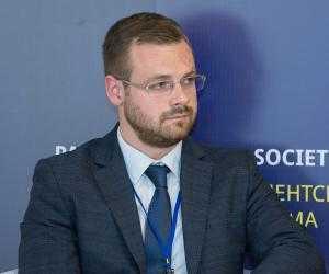 Євген Крапивін